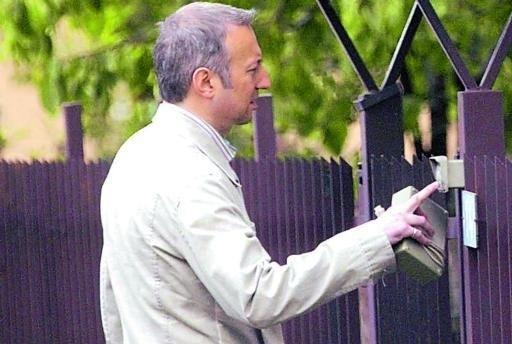 Truffe in città da parte di falsi dipendenti comunali. Il comune: «State allerta»